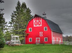 Red-Barn-HDR
