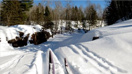 Lester-River-Skiing-3
