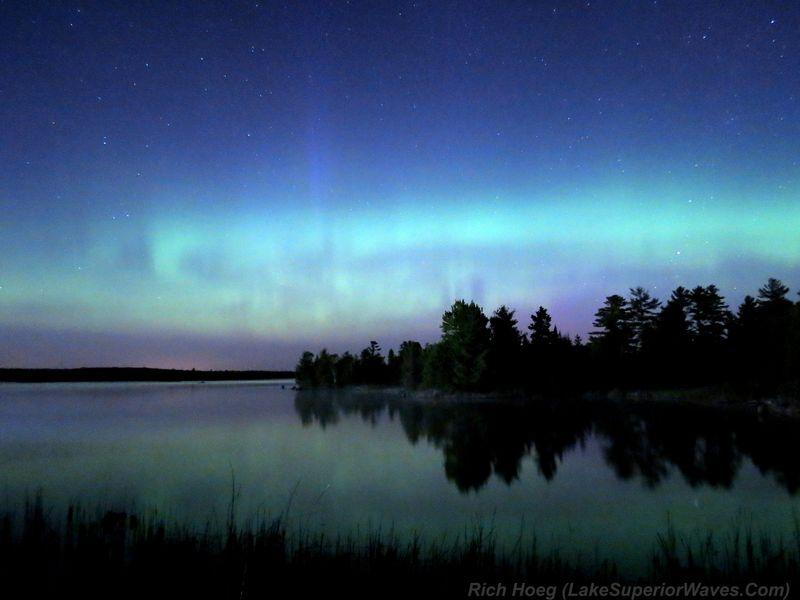 Boulder-Lake-Night-Skies-4