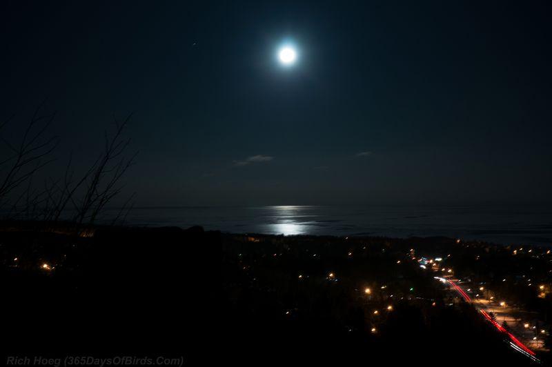 Hawk-Ridge-Night-Bookends-Lake-Superior-Moonrise
